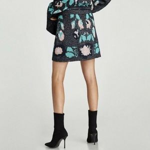 Zara Knit Shimmery Jacquard Mini Skirt Size M